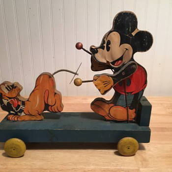 Mickey Mouse Fischer Price - 1935