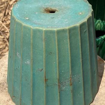 Really interesting planter! - Pottery