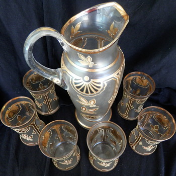 My favorite Glass set- Cannot find anything like it anywhere - Glassware