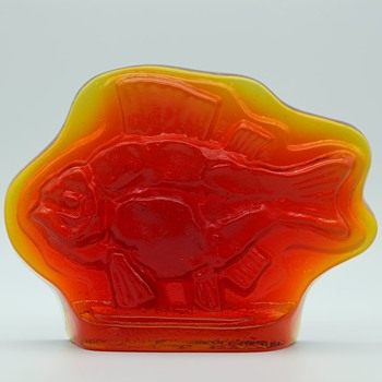 amberina? fish - Art Glass