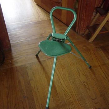Cool tripod carry around chair - Furniture