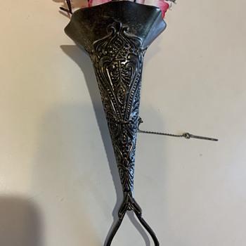 Mussie Tussie Bouquet Holder  - Fine Jewelry