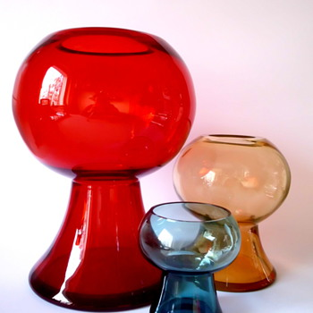 Cari Zalloni vases for WMF - Art Glass