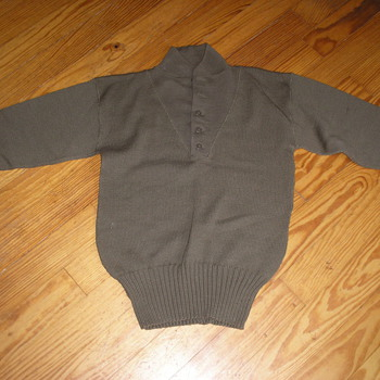 WWII Sweater Made in Hollywood - Military and Wartime