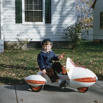 Antique Rocket pedal car tricycle - Toys