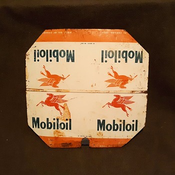 Mobil Oil of Canada Tin Lid Pegasus and All That - Petroliana