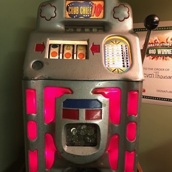 1946 Jennings Club Chief 10 Cent Mechanical Slot Machine - Coin Operated