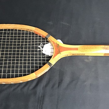 1920's Winchester  tennis racket  - Sporting Goods