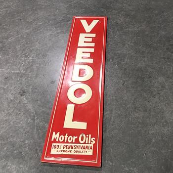 Veedol motor oils sign  - Petroliana