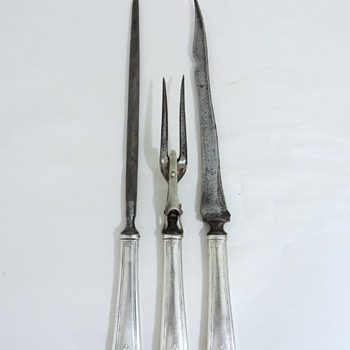 Three piece carving set - Sterling Silver mark unidentified. - Silver