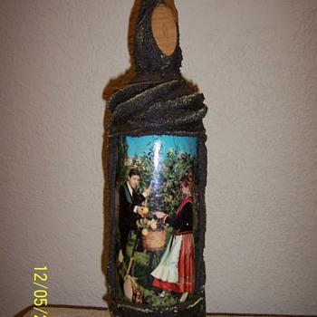 Amaretto Liquore Bottle