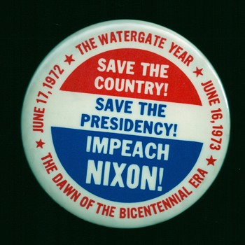 4 Watergate / Impeach Nixon pinback button's - Medals Pins and Badges