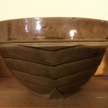 McCoy stoneware bowl early? - China and Dinnerware