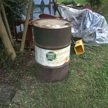 vintage 1955-55 gallon oil drum by quaker state and berenfield containers