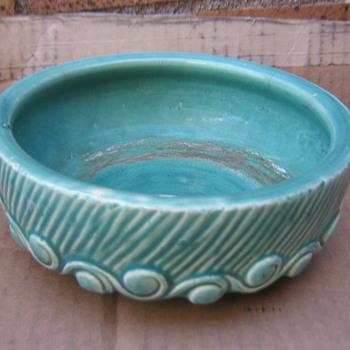 McCoy dish planter in my favorite aqua color - Pottery