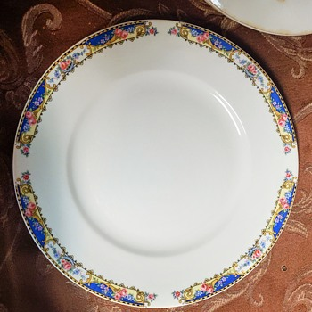 China  - China and Dinnerware