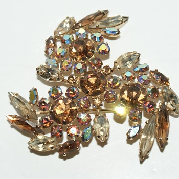 Sherman Vintage Brooch - Costume Jewelry