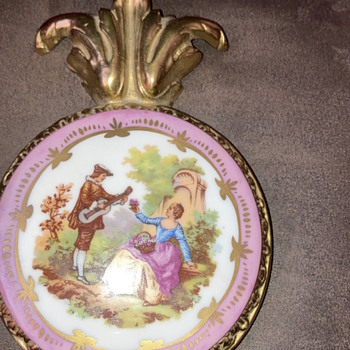 Limoges?  Age? Fake or real?  - China and Dinnerware