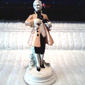 Colonial Gentleman or President Chalk Ware Figurine/ Columbia Statuary Co./ Circa 1940's 50's - Figurines