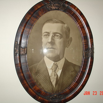Oval Frame, Convex Glass, Woodrow Wilson The 28th President Of The United States Of America - Photographs