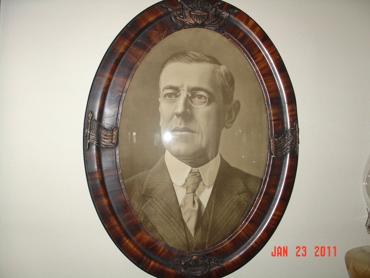 Oval Frame Convex Glass Woodrow Wilson The 28th President Of The