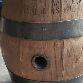 Pabst Barrel - Breweriana