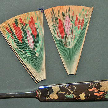 "The ""3pieces fan"" is a fixed fan, chinese, late 19th century.  - Accessories"