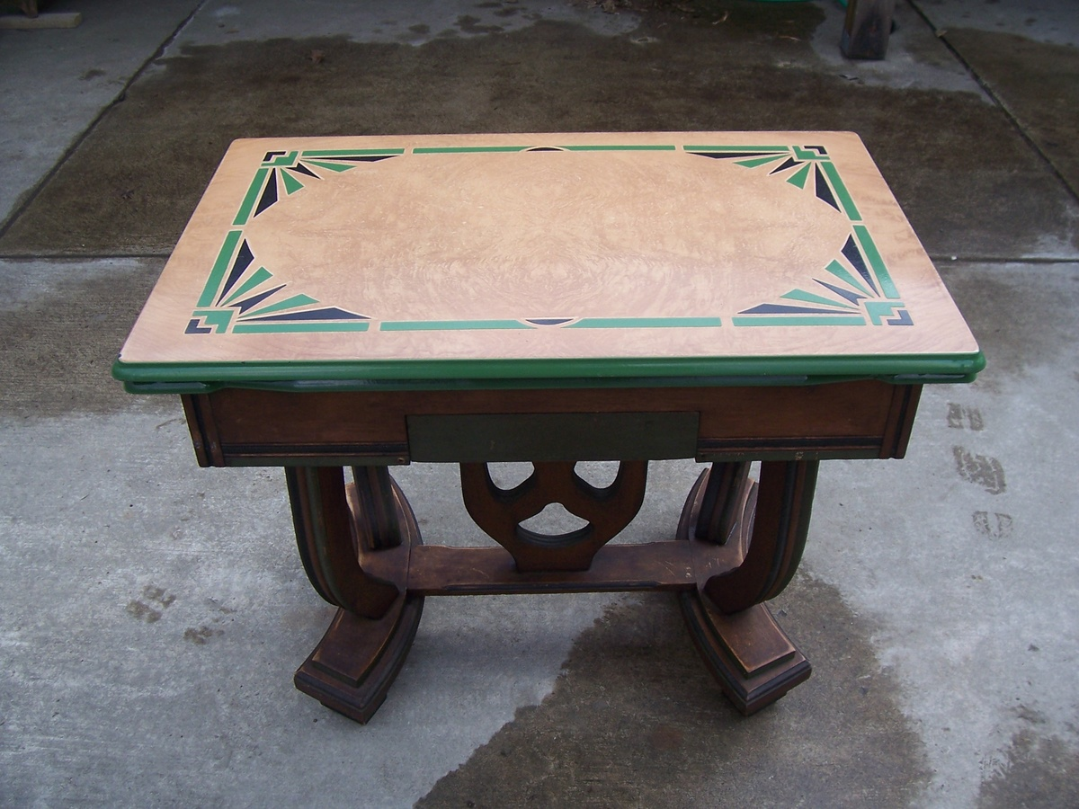 1930`s Porcelain enamel top kitchen(?) table | Collectors Weekly