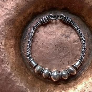 Sterling Silver Middle Eastern/Asian Design Bracelet Flea Market Find $1.00 - Fine Jewelry