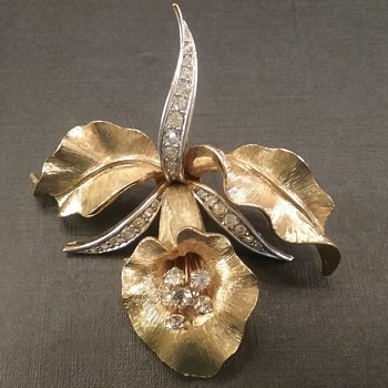 Boucher orchid brooch  - Costume Jewelry