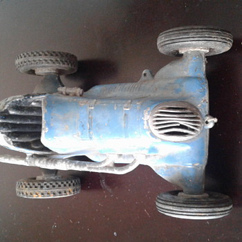 Vintage Roy Cox Tether car. - Toys