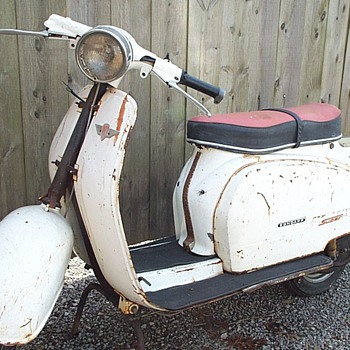 Zundapp Super  Scooter ( Made in Germany)