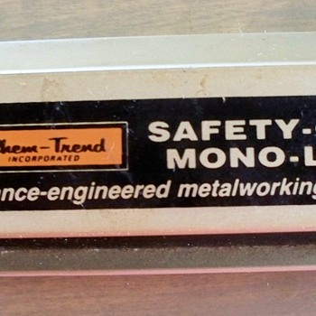 Chem -Advertising Thermometer:  Chem-Trend Inc,  Safety-Cool,  Mono-Lube, Performance-engineered  - Advertising