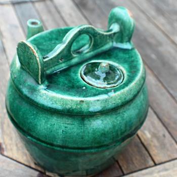 Large water pot  - Asian