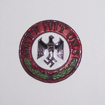 GERMANY 'GOTT MIT UNS' NAZI LAPEL PIN - FAKE???? - Medals Pins and Badges
