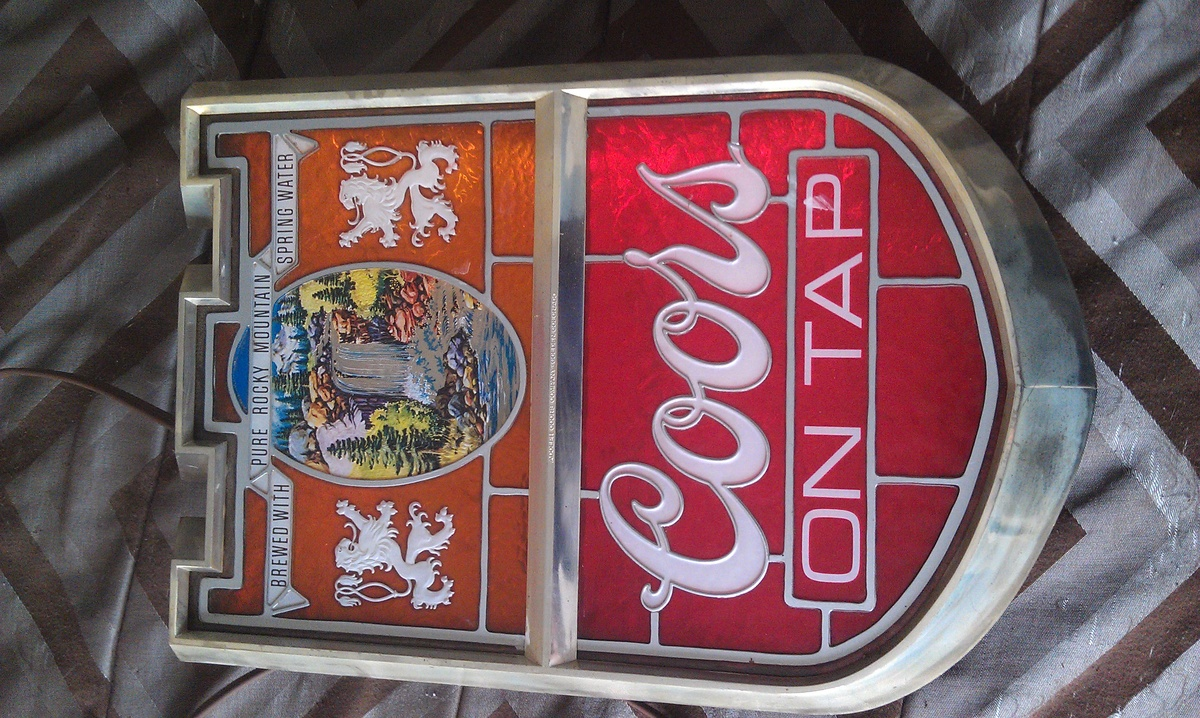 Vintage Coors Beer Light Up Sign | Collectors Weekly