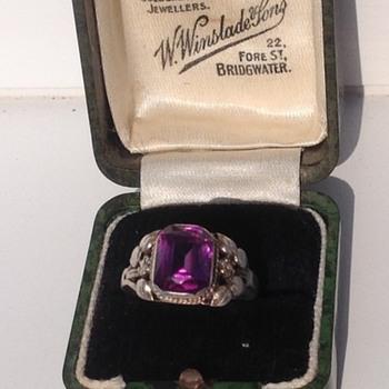 Bernard Instone ring - Art Deco