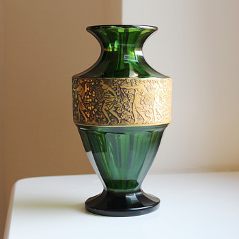 Moser Moss-Green Vase gilt Amazon Warriors signed c. 1925 - Art Glass