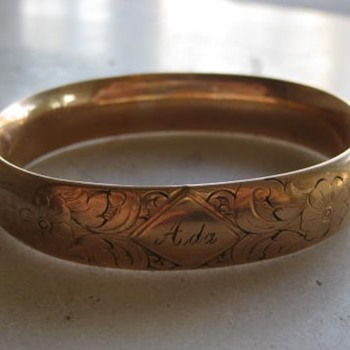 Engraved Ada  or Aida gold-filled bangle - Fine Jewelry