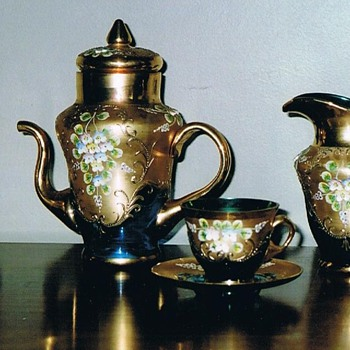 Thrice fired tea set  - Art Glass