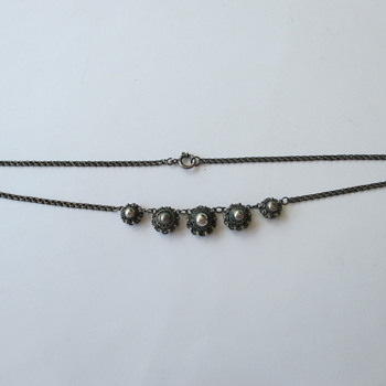 "Dutch necklace with 5 ""Zeeuws Knoopje"" - Fine Jewelry"