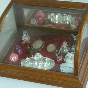 Small Antique Counter Display Case - Furniture