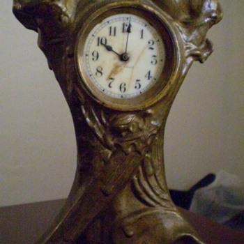 Antique Seth Thomas Wind Up - Clocks