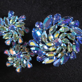 B. DAVID Blue Green Aurora Borealis Rhinestones SET - Costume Jewelry