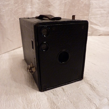 Brownie No.2 Model D - Cameras