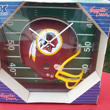 Redskins Clock- anybody know how old this is? - Football
