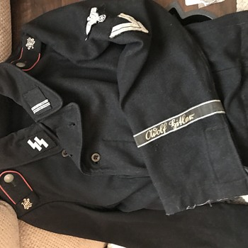 1st SS Panzer Division Jacket - Military and Wartime