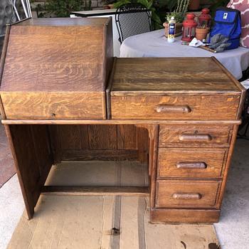 Teacher's (typewriter?) Antique Oak Desk? - Furniture