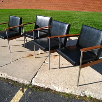 Set of 4, Vintage, Mid Century, Modern, 60's, 70's, Eames Era, Black Chairs  - Furniture