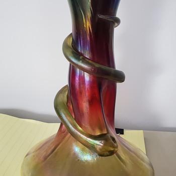 Tiffany snake vase? - Art Glass